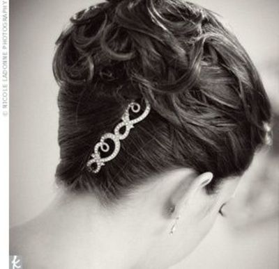 loose curls in classic french twist wedding ideas juxtapost