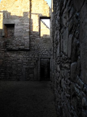 14_JPC_WEB_Edinburgh_Craigmillar_038