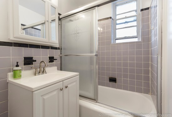 Apartment Photographer New York Real estate interior studio midtown East NY NY bathroom