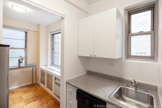 Apartment Photographer New York Real estate interior studio midtown East NY NYC kitchen