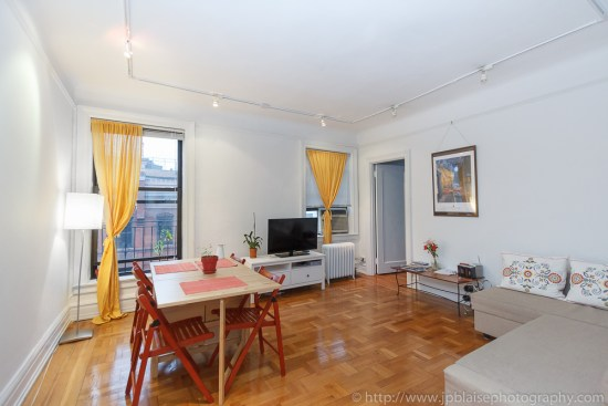 Apartment photographer work: Living room of 2 bedroom apartment in Chelsea, New York City