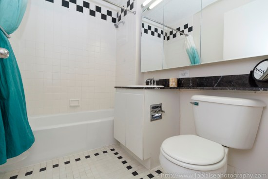 Apartment photographer real estate interior nyc ny new york Upper East Side condo bathroom