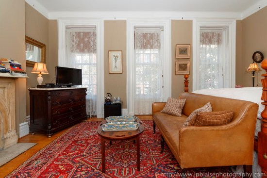 Apartment photographer suite for rent upper east side real estate brownstone airbnb sitting area