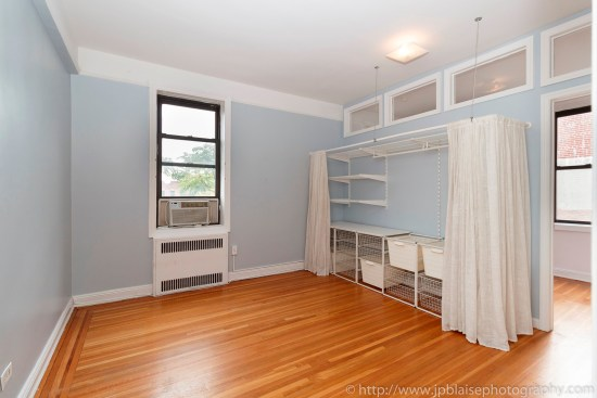 Brooklyn new york apartment photographer real estate interior photography ny nyc airbnb bedroom