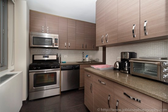NY apartment photographer NYC real estate photography interior airbnb midtown kitchen