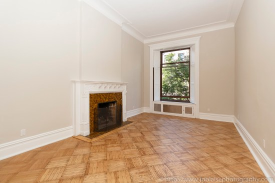 NY apartment photographer lincoln square real estate nyc new york living room