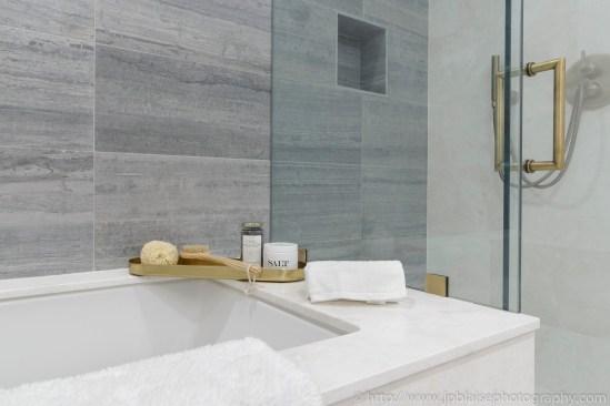 NYC Apartment photographer real estate upper east side interior designer new york ny bathtub