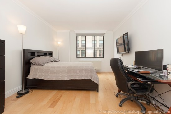 New-York-apartment-photographer-one-bedroom-flatiron-nyc-bedroom