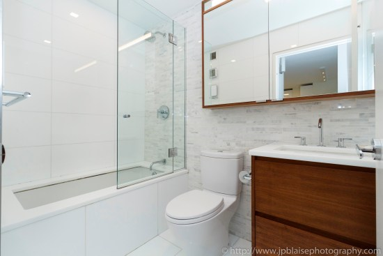 New york city apartment photographer ny nyc real estate interior photography midtown west bathroom