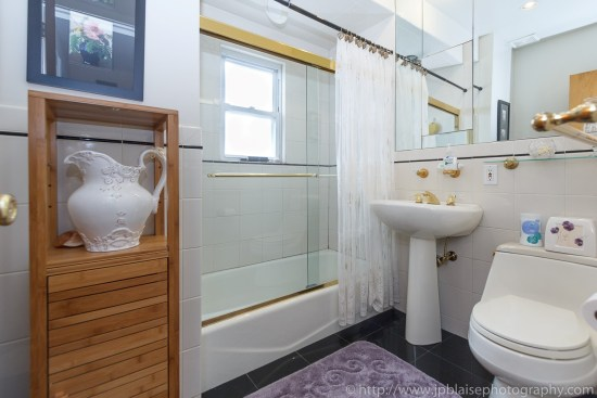 New york interior photographer room to rent in queens village house bathroom