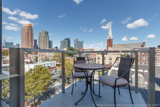 New york real estate photographer one bedroom apartment long island city queens balcony