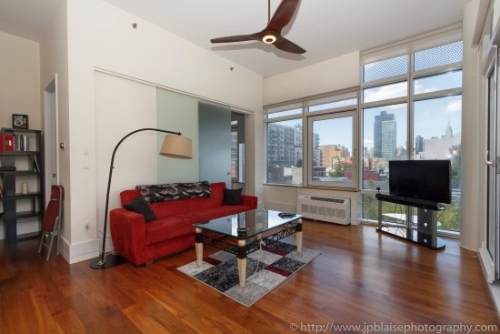 New york real estate photographer one bedroom apartment long island city queens living room