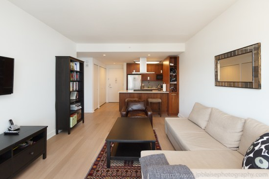 Real Estate photographer work of the day: picture of the living room of a Chelsea one bedroom apartment