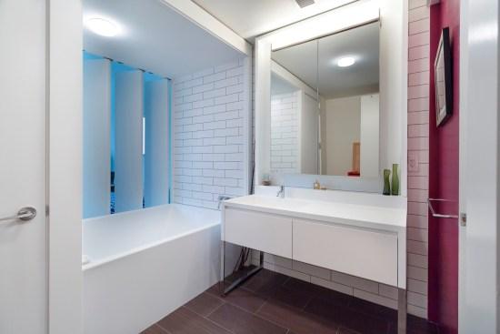 Real estate photographer apartment studio Wall street downtown new york city ny nyc bathroom