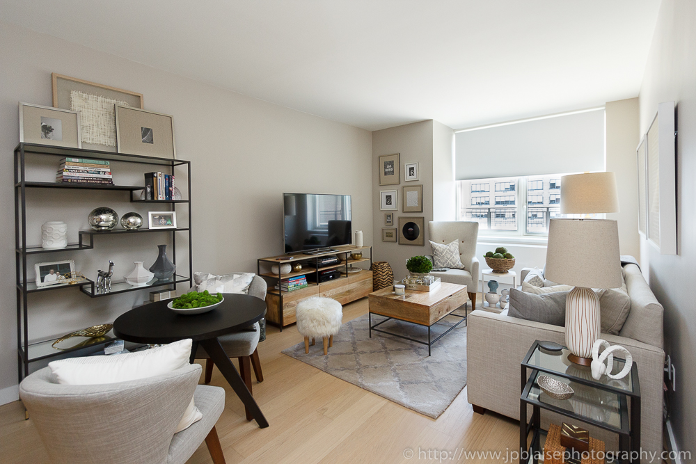 latest new york real estate photographer work: luxurious 1 bedroom