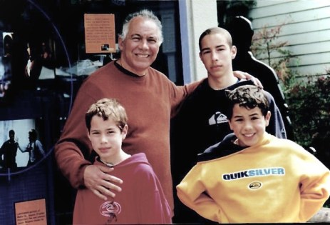 tony-with-sons-2010