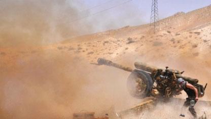 الجيش يدخل مدينة تدمر واشتباكات عنيفة مع الإرهابيين تجري في الشوارع