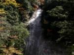 滑床渓谷・雪輪の滝