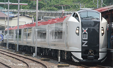 Narita Express is covered by both Japan Rail Pass and JR East Pass (C) Sonic Rail Garden