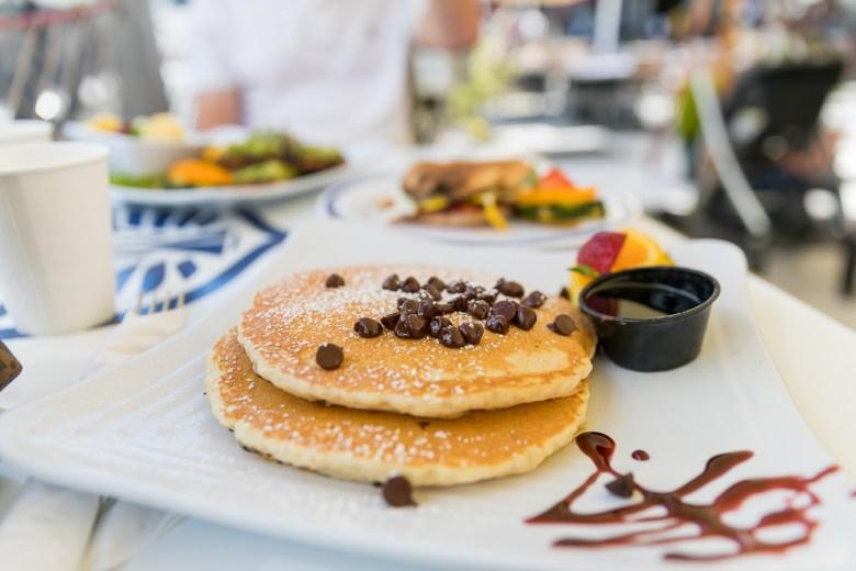 pancakes belles cafe brunch