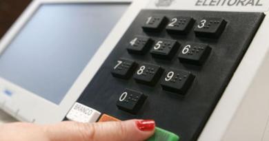 TSE vai testar votação on line nas eleições