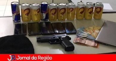Mulher é presa por assaltar adega em Várzea Paulista