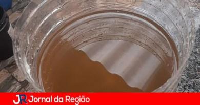 Leitora reclama de água suja na torneira em Várzea