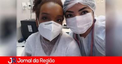 Thelma do BBB trabalha na linha de frente em Manaus