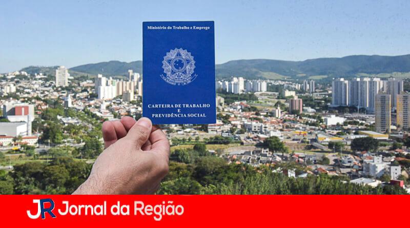 Carteira de trabalho em Jundiaí. (Foto: Divulgação)