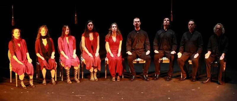 Gardzienice_Oratorio_seated_all