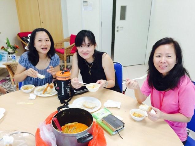 The ladies enjoying curry chicken