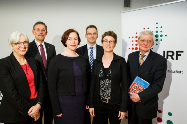 (v.l.n.r.) Katrin Kogman-Appel, Prof. Dr. Thomas Spitzle, Sarah M. Ross, Prof. Dr. Dieter Bathen, Miriam Rürup, Prof. Dr. Michael Brocke
