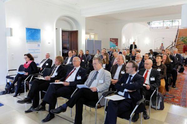 """Vortragsveranstaltung: """"Forschung, die beim Mittelstand ankommt""""; Bildrechte: EuroNorm GmbH"""