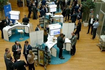 Networking auf der Fachmesse beim 21. Aachener Dienstleistungsforum [© FIR an der RWTH Aachen]