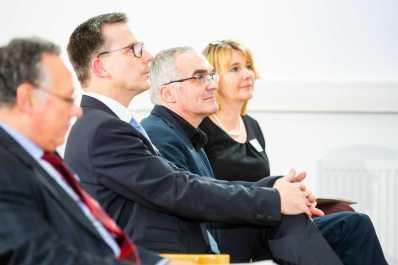 V.l.n.r. Prof. Dr. Dieter Bathen (JRF), Dietmar Bell (MdL), Heike Thiemann (JRF)