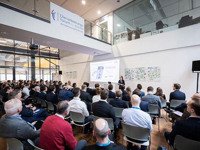fir-pm-bild-2020-09-aachener-dienstleistungsforum-vortraege©mika-photography_com