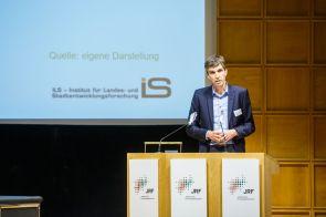 Prof. Dr. Stefan Siedentop, Wissenschaftlicher Direktor, ILS – Institut für Landes- und Stadtentwicklungsforschung