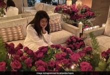 प्रियंका चोपड़ा ने वैलेंटाइंस डे पर निक को किया मिस, लाल गुलाबों के साथ शेयर की फोटो, बोलीं