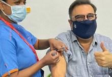 माधुरी दीक्षित के बाद, बोमन ईरानी को कोविद -19 टीकाकरण की दूसरी खुराक प्राप्त होती है;  सभी को वैक्सीन लेने के लिए प्रोत्साहित करता है