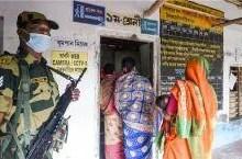 West Bengal & Assam Assembly Election 2021 LIVE Updates: टीएमसी नेता के घर मिली ईवीएम और वीवीपैट, असम में 12 तो पश्चिम बंगाल में 14 फीसदी वोटिंग