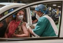 दिल्ली में 18 से 44 साल के लोगों के लिए वैक्सीन नहीं, दूसरे डोज का समय आ गया