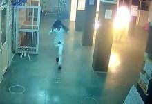 मध्य प्रदेश : अस्पताल में युवक को लगाई आग, आरोपी से कुछ घंटे पहले हुआ था झगड़ा