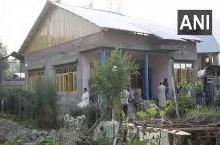J&K: घर में घुस आतंकियों ने कर डाली SPO उनकी पत्नी और बेटी की गोली मारकर हत्या