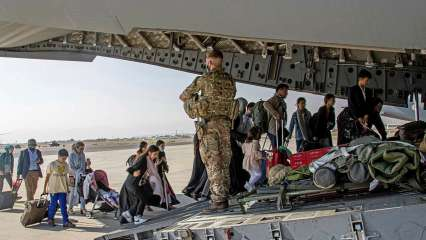 Spain to give refuge to 4,000 Afghans at two military bases