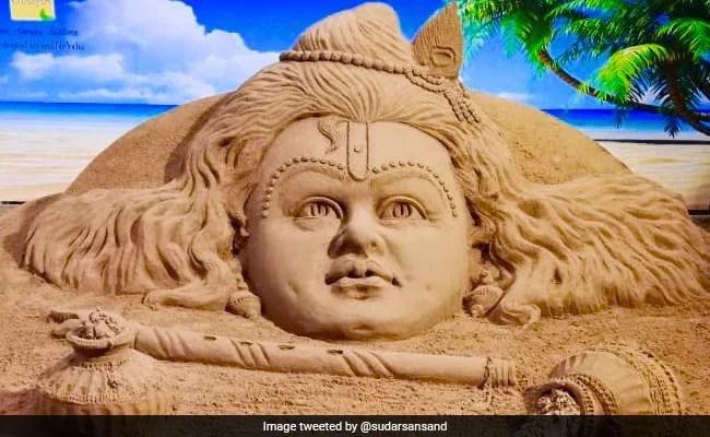 Krishna Janmashtami 2021 : अपने दोस्तों और रिश्तेदारों को भेजें कृष्ण जन्मोत्सव की शुभकामनाएं, फेसबुक, वॉट्सऐप, इंस्टाग्राम और एसएमएस के जरिए भेजें ये संदेश
