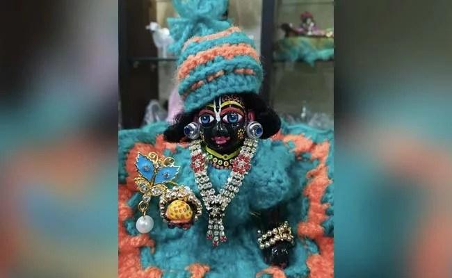 Krishna Janmashtami 2021: कृष्ण जन्माष्टमी  पर पूजा की थाली में रखना न भूलें ये 5 वस्तुएं, प्रसन्न हो जाएंगे बालगोपाल
