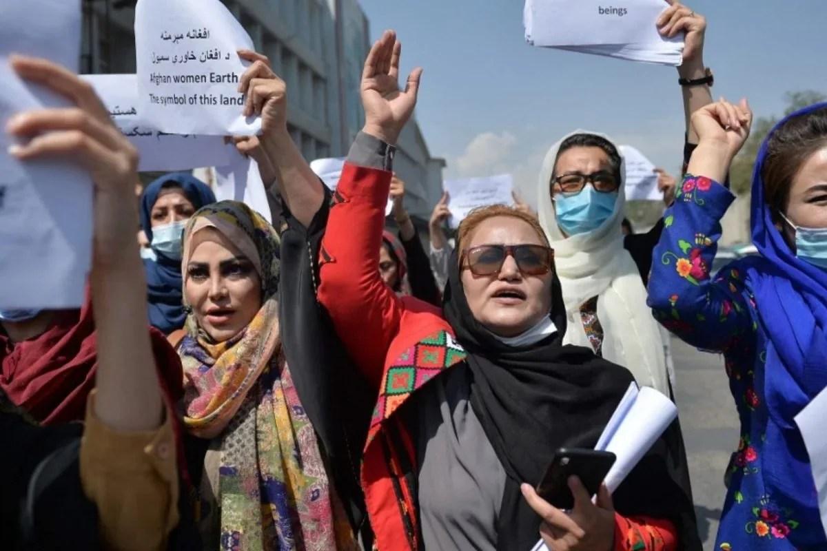 नवलनी, अफगान महिलाएं यूरोपीय संघ के अधिकार पुरस्कार के लिए शॉर्टलिस्ट पर