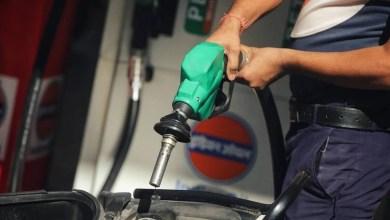 अब रोज बढ़ रही पेट्रोल-डीजल की कीमतें, केंद्रीय मंत्री का इशारा, नहीं घटेंगे दाम