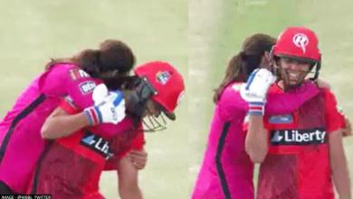 WBBL: Radha Yadav celebrates wicket by hugging Harmanpreet Kaur at non strikers watch