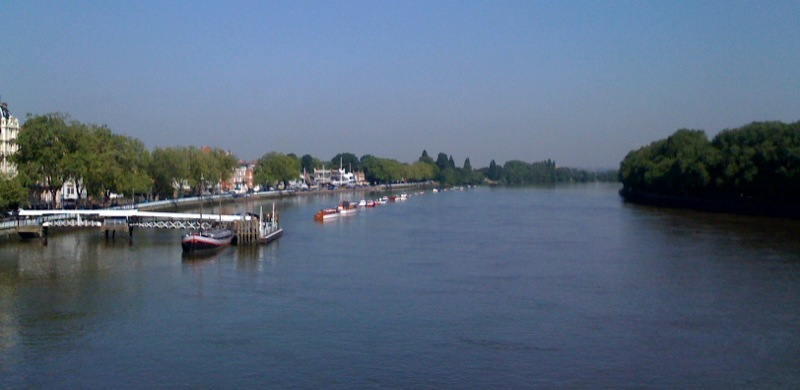 Putney Thames river